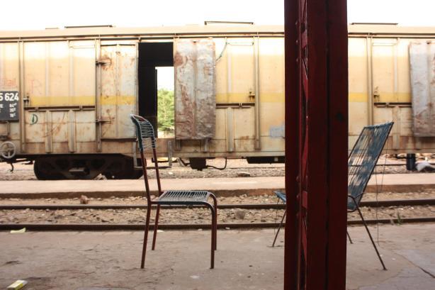 Sur le quai de la gare de Kayes, au Mali